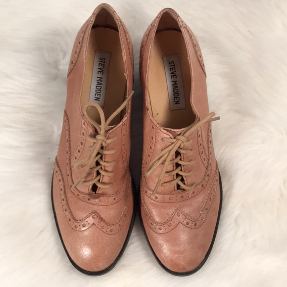 "51dc5f180a6 Steve Madden ""P-Randi"" heeled leather oxfords. M 5b3037e7194dadac99a4f15c"